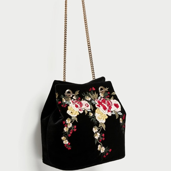 d997e76b2bc ZARA Embroidered Velvet Bucket Bag NWT